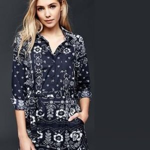 Gap Long Sleeve Bandana Print Shirt Dress
